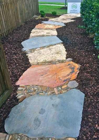 Awesome Small Garden Ideas With Stone Path 16