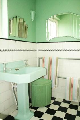 Impressive Vintage Bathroom Decoration You'll Love 26