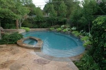 Innovative Small Swimming Pool For Your Small Backyard 23