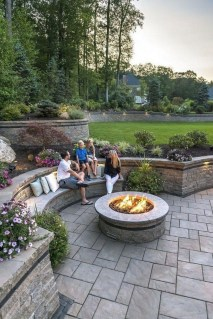 Marvelous Outdoor Fire Pit Ideas To Enjoying This Summer 05