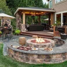 Marvelous Outdoor Fire Pit Ideas To Enjoying This Summer 43