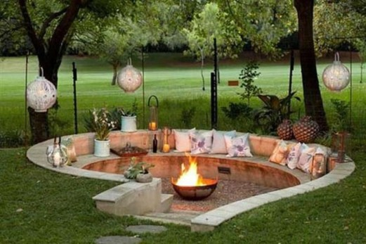 Marvelous Outdoor Fire Pit Ideas To Enjoying This Summer 44