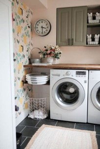 Wonderful Laundry Room Decorating Ideas For Small Space 38
