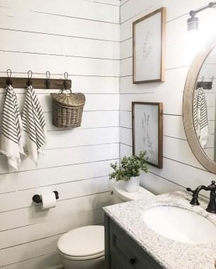 Amazing Bathroom Decor Ideas With Farmhouse Style 15