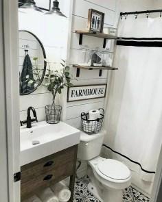 Amazing Bathroom Decor Ideas With Farmhouse Style 46