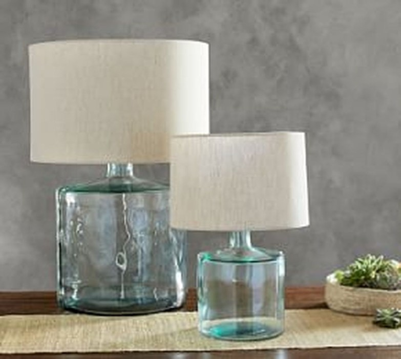 Awesome Table Lamp Ideas To Brighten Up Your Work Space 41
