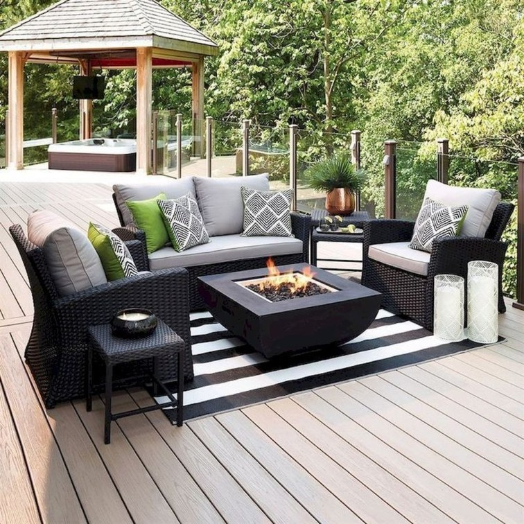 Best DIY Outdoor Furniture Ideas You Can Put In Garden 27