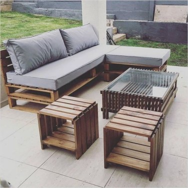 Best DIY Outdoor Furniture Ideas You Can Put In Garden 29
