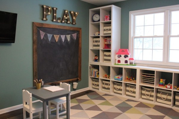 Brilliant Toy Storage Ideas For Small Space 20