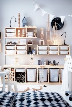 Brilliant Toy Storage Ideas For Small Space 49