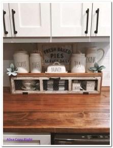 Fabulous Rustic Kitchen Decoration Ideas 43