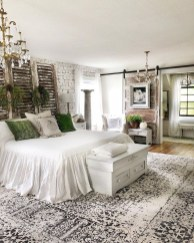 Gorgeous Farmhouse Bedroom Remodel Ideas On A Budget 05