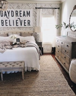 Gorgeous Farmhouse Bedroom Remodel Ideas On A Budget 09