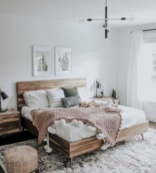 Gorgeous Farmhouse Bedroom Remodel Ideas On A Budget 37