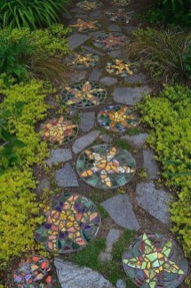 Newest Stepping Stone Pathway Ideas For Your Garden 12