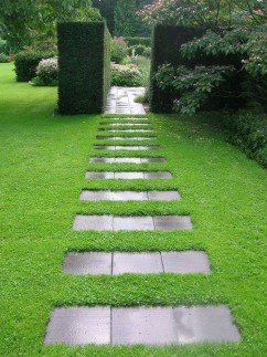 Newest Stepping Stone Pathway Ideas For Your Garden 14