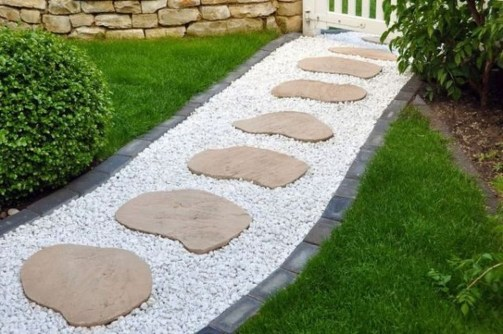 Newest Stepping Stone Pathway Ideas For Your Garden 24