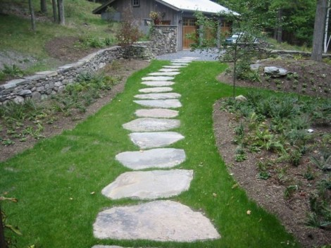 Newest Stepping Stone Pathway Ideas For Your Garden 30
