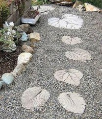Newest Stepping Stone Pathway Ideas For Your Garden 34