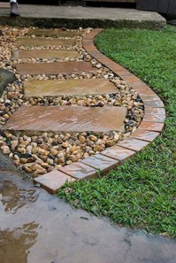 Newest Stepping Stone Pathway Ideas For Your Garden 48