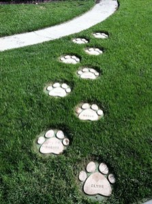 Newest Stepping Stone Pathway Ideas For Your Garden 49