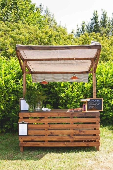 Unusual DIY Outdoor Bar Ideas On A Budget 15