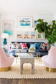 Adorable Colorful Pillow Ideas For Cozy Living Room 30