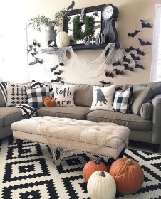 Cool DIY Halloween Decoration Ideas For Limited Budget 04