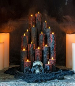Cool DIY Halloween Decoration Ideas For Limited Budget 05
