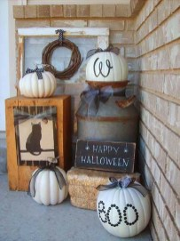Cool DIY Halloween Decoration Ideas For Limited Budget 11