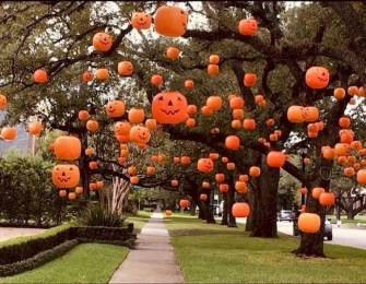 Cool DIY Halloween Decoration Ideas For Limited Budget 29