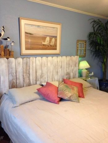 Creative DIY Bedroom Headboard To Make It More Comfortable 36