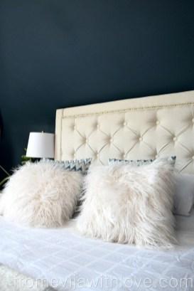 Creative DIY Bedroom Headboard To Make It More Comfortable 46