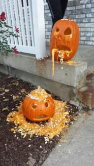 Cute Halloween Pumpkin Decoration Ideas For More Fun 04