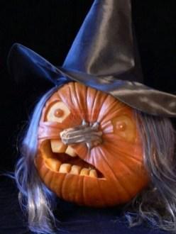 Cute Halloween Pumpkin Decoration Ideas For More Fun 05