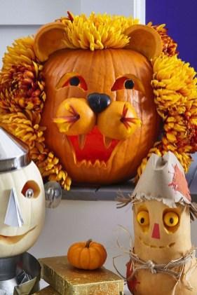 Cute Halloween Pumpkin Decoration Ideas For More Fun 17