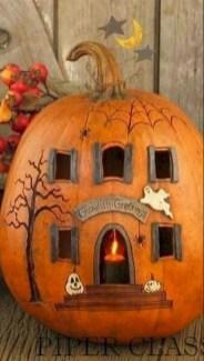 Cute Halloween Pumpkin Decoration Ideas For More Fun 22