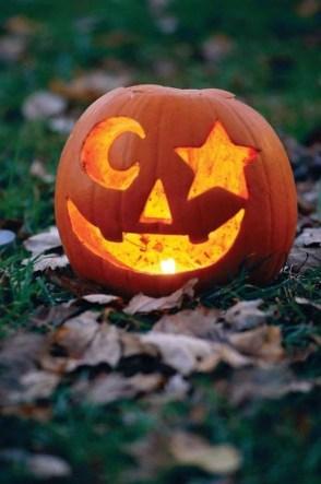 Cute Halloween Pumpkin Decoration Ideas For More Fun 33