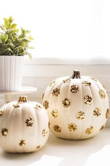 Cute Halloween Pumpkin Decoration Ideas For More Fun 47