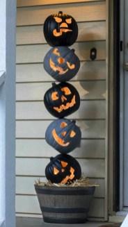 Cute Halloween Pumpkin Decoration Ideas For More Fun 49