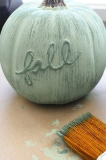Cute Halloween Pumpkin Decoration Ideas For More Fun 51