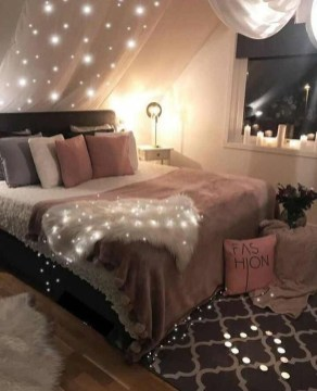Fabulous DIY Small Bedroom Decoration Ideas On A Budget 25