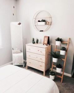 Minimalist Bedroom Decoration Ideas That Looks More Cool 10