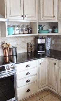 Wonderful Kitchen Cabinets Ideas For Your Tiny House 30