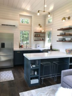 Wonderful Kitchen Cabinets Ideas For Your Tiny House 47