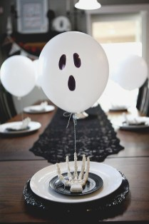 Astonishing Halloween Table Decoration That Perfect For This Year 15