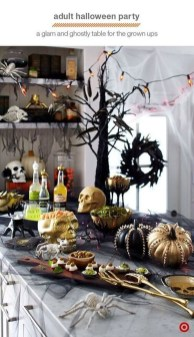 Astonishing Halloween Table Decoration That Perfect For This Year 33