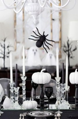 Astonishing Halloween Table Decoration That Perfect For This Year 37