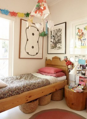 Awesome Child's Room Ideas With Wall Decoration 42