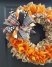 Creative DIY Halloween Wreath Design For The Thriller Night 46